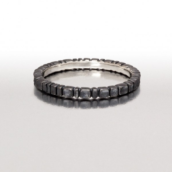 Thin DEEP SCOOPS Ring in Black
