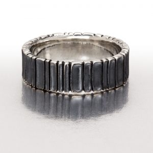 Wide DEEP SCOOPS Ring / Black
