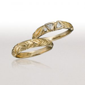 Trillion Diamonds LEAF Ring with Thin LEAF Band