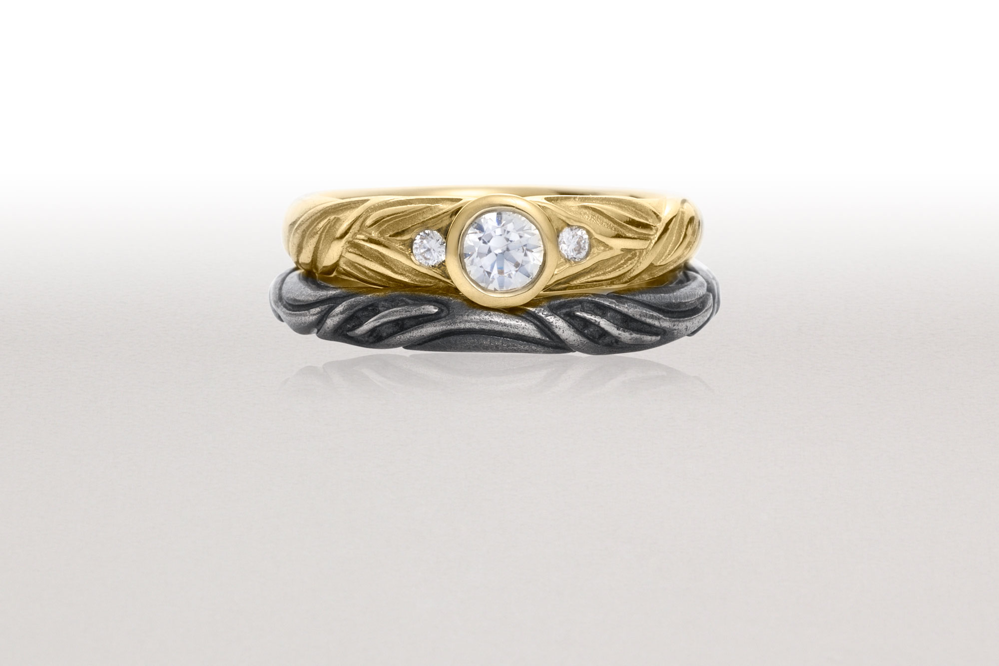 Gold ALTERNATING LEAF Ring with Thin Black LEAF CIRCLET Ring