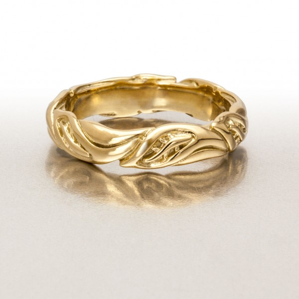 Med-Wide LEAF CIRCLMed-Wide LEAF CIRCLET Ring in GoldET Ring in Gold