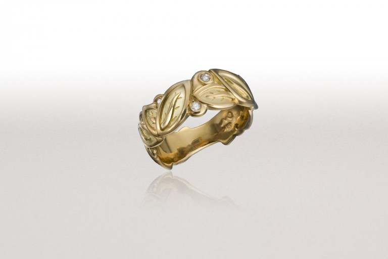 Medium LEAF Band with Gold & Diamonds